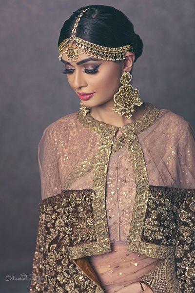 Indian Wedding Jewelry - Polki and Gold Jewelry | WedMeGood | Gold, Polki and…