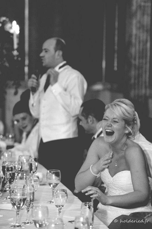 le discours du tmoin devant la marie en clats de rire photographe mariage montpellier - Discours De Remerciement Mariage