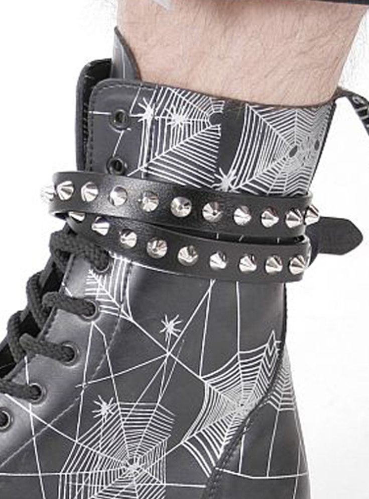 Chaîne botte punk rock gothique Queen of Darkness