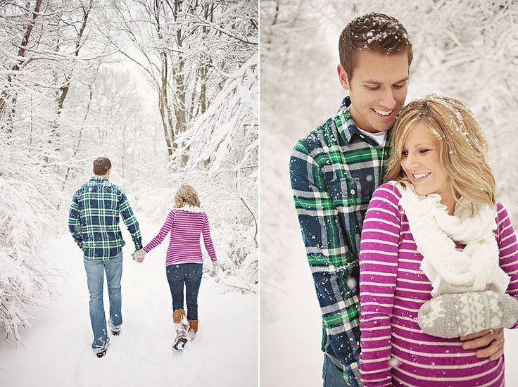 Winter Maternity Photo Shoot Ideas