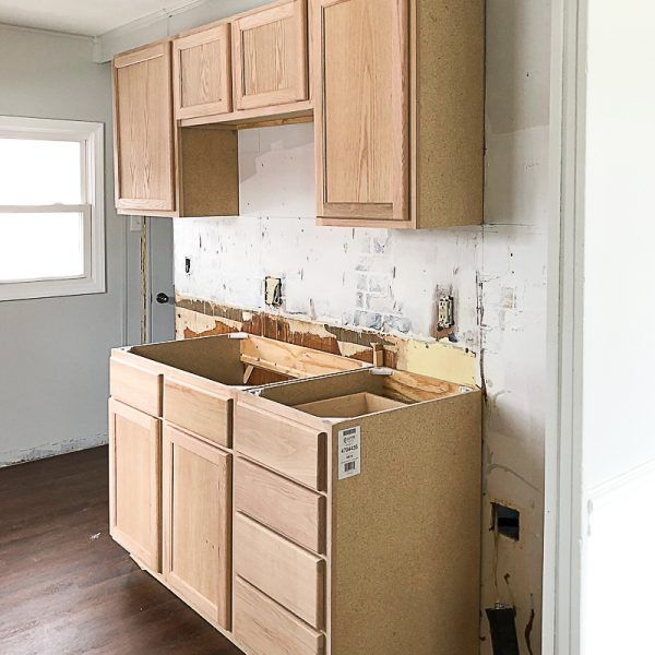 How To Paint Unfinished Kitchen Cabinets Unfinishedkitchencabinets Unfinished Oak Cabinets Kitch Unfinished Kitchen Cabinets Unfinished Cabinets Wood Kitchen