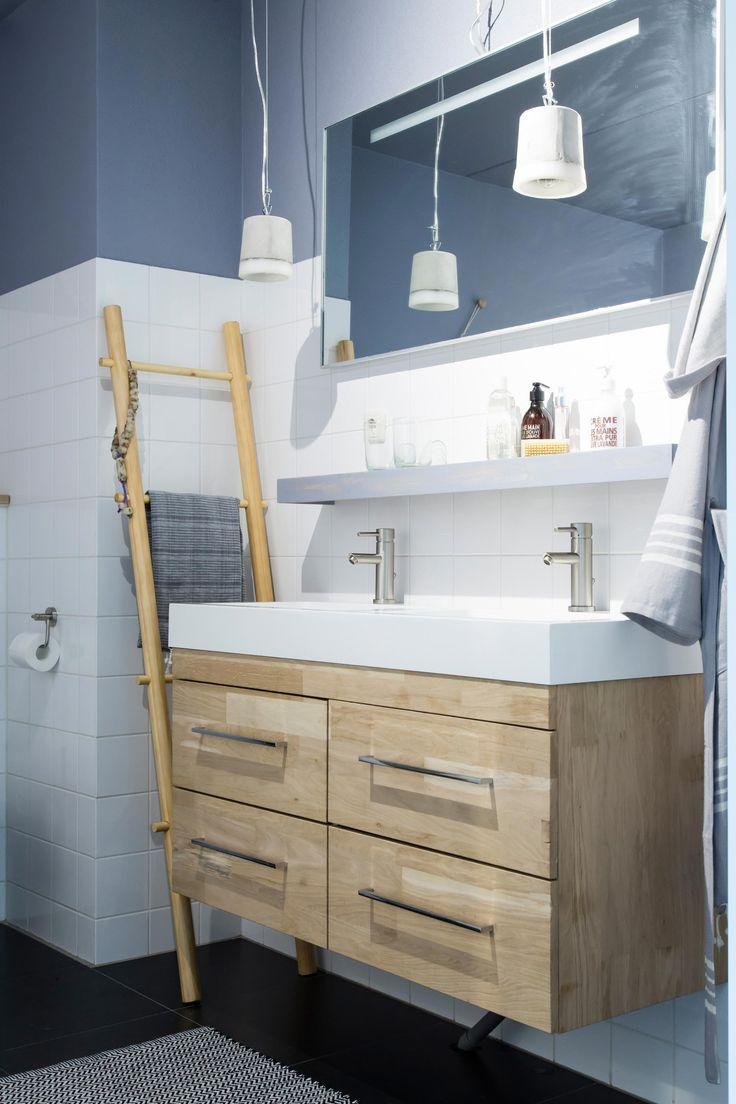 In aflevering 8 van vtwonen doe-het-zelf verrast Michiel zijn partner Elke met een nieuwe rustgevende badkamer en zelfgemaakt badkamermeubel | Make-over door Marie-Gon Vos