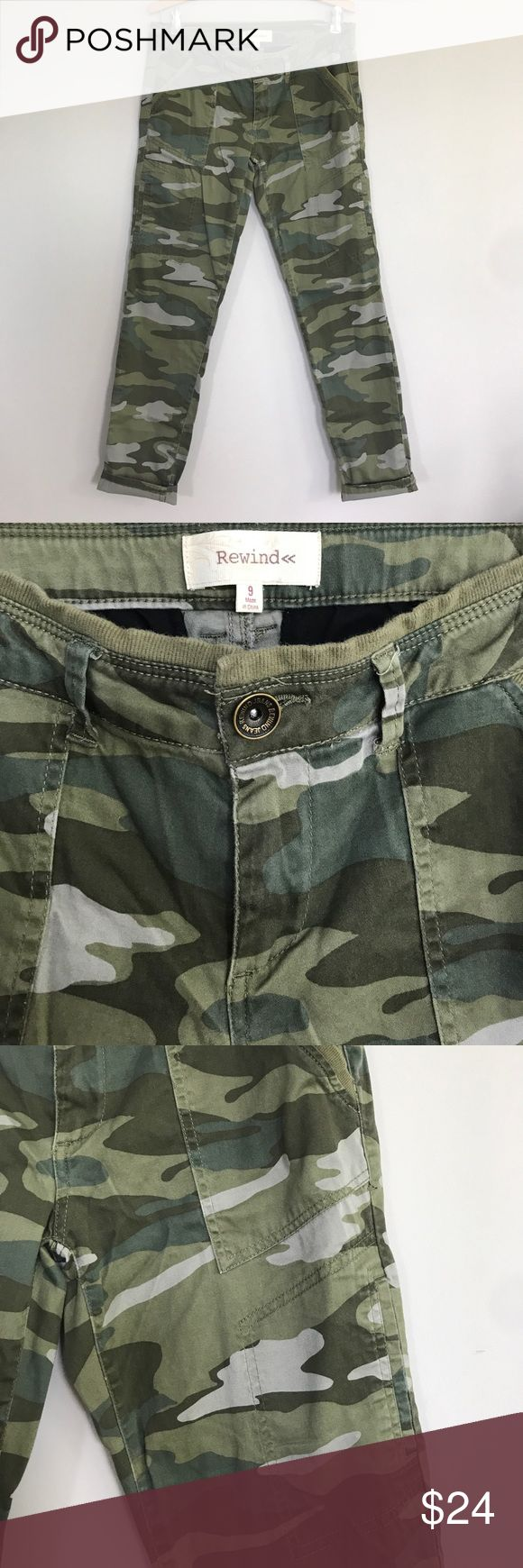 """Rewind camouflage skinny pants VGUC, light wash wear, no flaws, lightweight with a little stretch, measurements taken flat: waist 16"""", hips 19"""", front rise 8"""", inseam 29"""" Rewind Pants Skinny"""