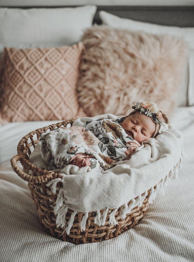 NEWBORN PHOTOGRAPHY – BABY GIRL MAYA VICTORIA