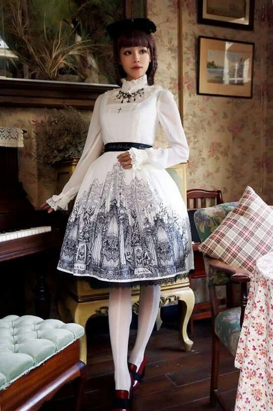 #Cute #Kawaii #Lolita #LolitaFashion #HimeLolita #LolitaMode #LolitaStyle #JapaneseMode #Girl #Dress #White