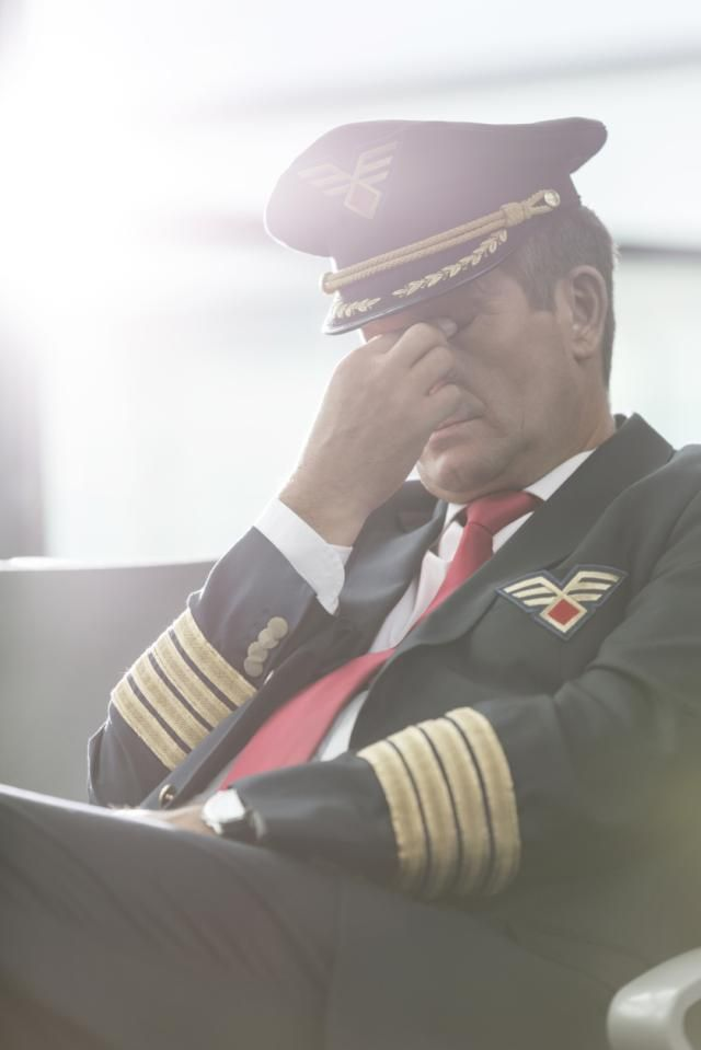 Can Pilots Have Successful Relationships? Airline Pilots Sound Off