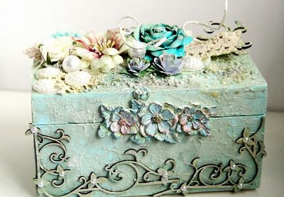 Papier Love: Altered Box by Emeline