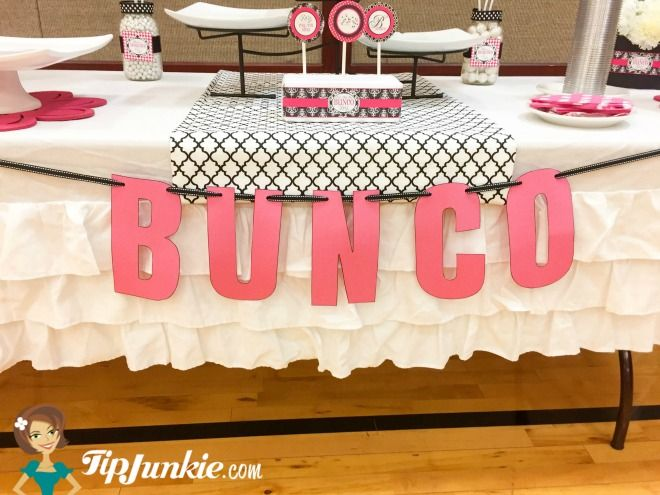 Free Bunco Score Sheets and Party Decor via @tipjunkie