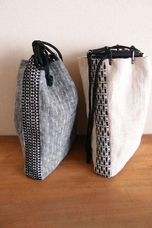 トビシブログ — 女物の小財布、男物の信玄袋 ... from tobishi.com ~ cross stitched linen used as contrast for the totes - hand bag woman, latest designer handbags, online purse store *ad
