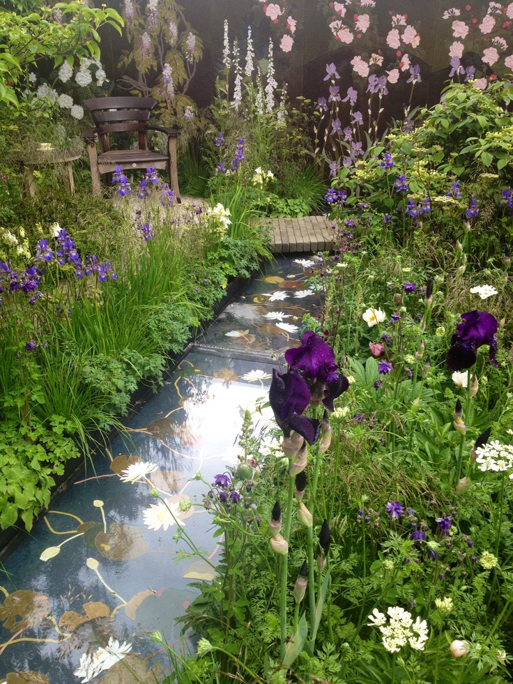 Fresh flower garden @ The Chelsea Flower Show 2013