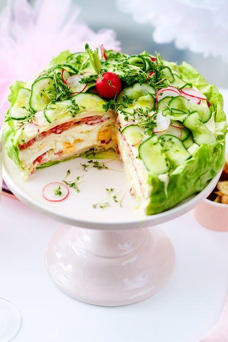 Salattorten – die zwei besten Rezepte für Party und Buffet