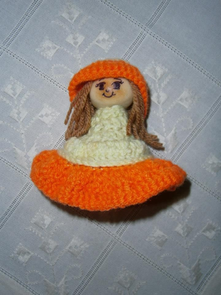 Lia B. Creations: Orange lady