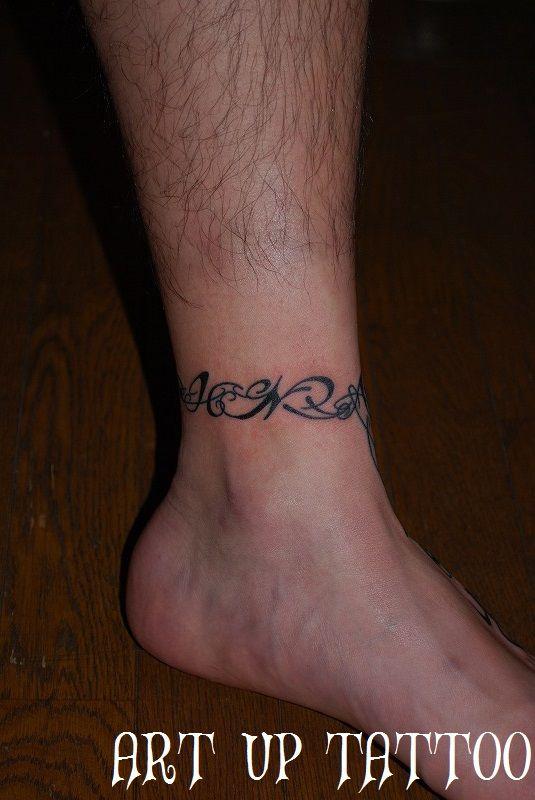 #tattoo #tribal #alphabet #cherry #タトゥー #トライバルタトゥー #アルファベット #サクランボ #足首タトゥー #太陽 #女性彫師 #東京タトゥー #日野タトゥー #八王子タトゥー #立川タトゥー #プライベートタトゥースタジオ #アートアップタトゥー