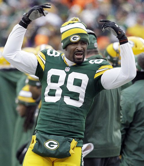 """""""A TIE? THIS IS GARBAGE, REFS!"""" - What I believe James Jones is saying here."""