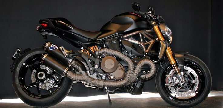 My newest obsession! Custom black Ducati Monster 1200s by http://motocorsa.com/