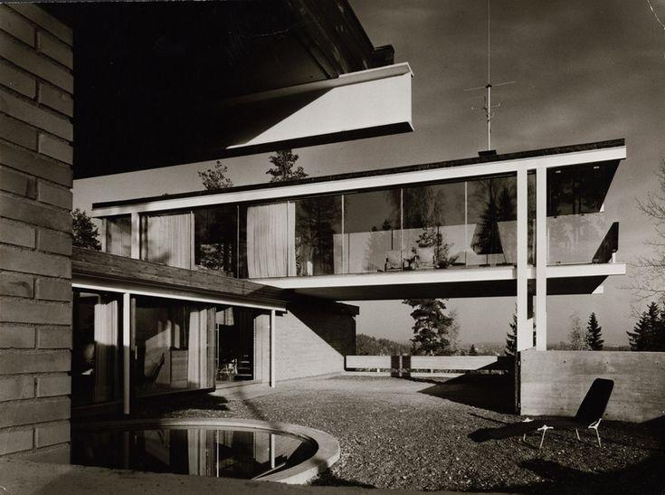 Arcitekt Geir Grungs villa Jongskollen 1963. Positiv, svart-hvitt. ©Winsnes, Bjørn