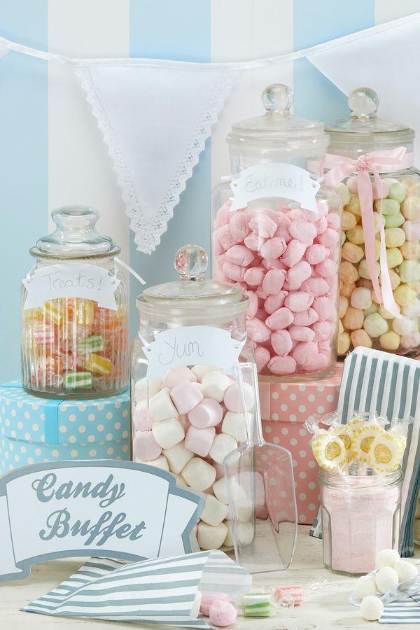 Ihr möchtet Eure Gäste bei der Hochzeit mit einer Candy Bar beglücken? Im weddix-Shop findet Ihr jede Menge Accessoires und Leckereien für das süße Buffet. Viel Spaß beim Inspirieren lassen: https://www.weddix.de/hochzeitsshop/candybar-lollies.html #candybar #hochzeit #sweets