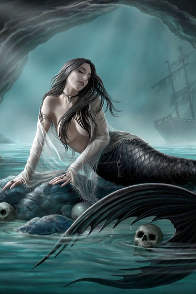 Sexy Mermaid #Black #Mermaids   (I Posted this twice. This one is a closeup.)