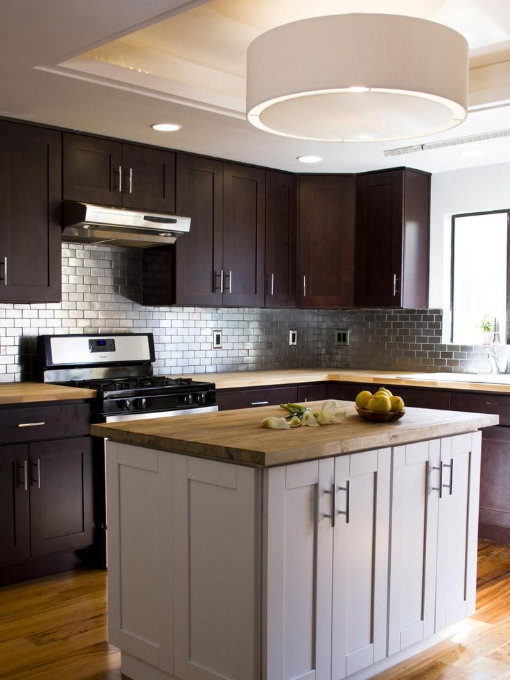 white kitchen cabinets stainless steel backsplash 25 best ideas about stainless steel backsplash tiles on 28931
