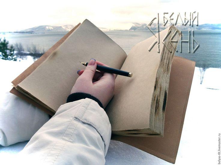Купить или заказать Дневник 'Love story' в интернет-магазине на Ярмарке Мастеров. Тетрадь формат А5, из мягкой кожи. С мягкими объемными элементами. Декор - кожаный квиллинг Блок из бумаги крафт, соста…