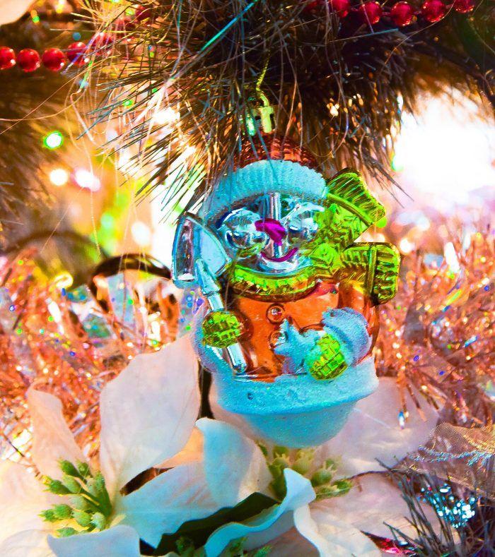 Wielkimi krokami zbliżają się do nas Święta Bożego Narodzenia. W tym roku postanowiłam, że nie będę czekać na ostatnią chwilę z zakupem gwiazdkowych prezentów. Jeśli też planujecie zająć się tym wcześniej, a nie macie pomysłu na prezent dla waszych najbliższych travelmaniaków, to przedstawiam listę