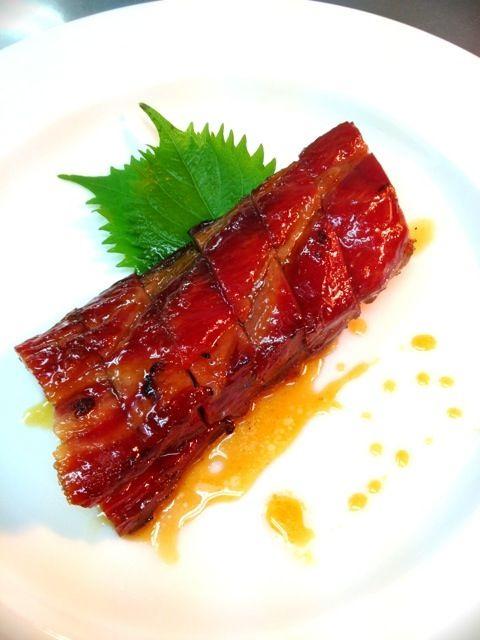 広東料理の前菜の叉焼北京ダックを焼く釜でじっくり焼いてます。 - 49件のもぐもぐ - 広東式釜焼き叉焼(チャーシュー) by dodonsan