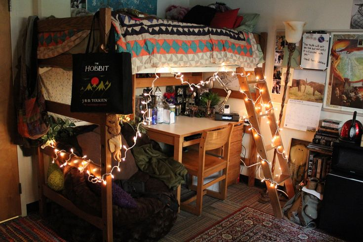 from: fyeah, cool dorm rooms