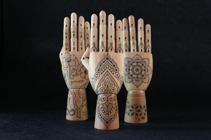 Inked hands, Menhdi, mandala, botany tattoo concepts by Ochenta y seis (ochentayseis.tumblr.com)
