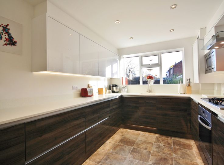 Mixed Handless Kitchen   Designed, Supplied And Installed By KITCHENCRAFT  Essex. Www.kitchen