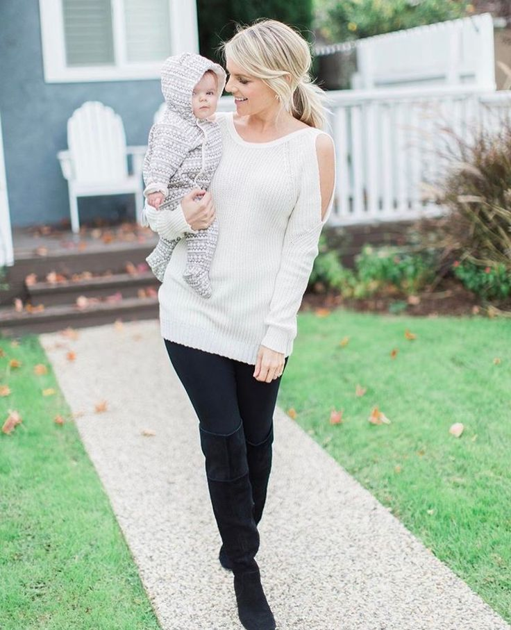 Ali Fedotowsky Nordstrom cold shoulder sweater