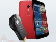 Motorola offers free Chromecast with off-contract Moto X buy After a price drop on the handset last week, the company ramps up efforts to get both devices in more consumers' hands.