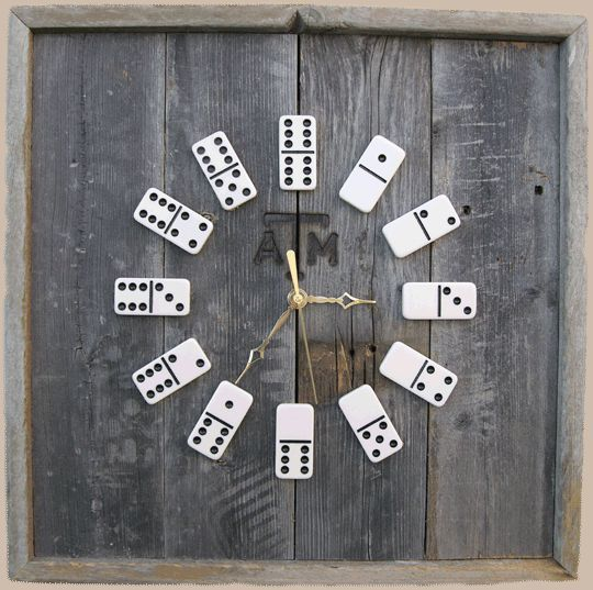Dominos clock -could easily be a DIY project