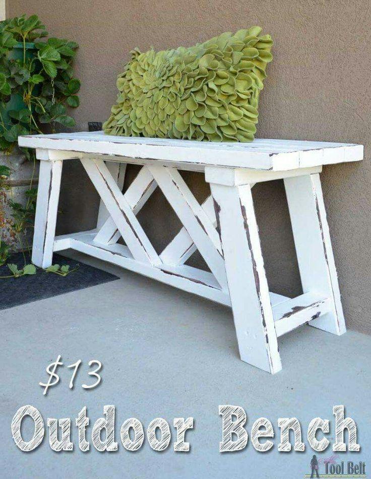 DIY Outdoor Wooden Bench. <3