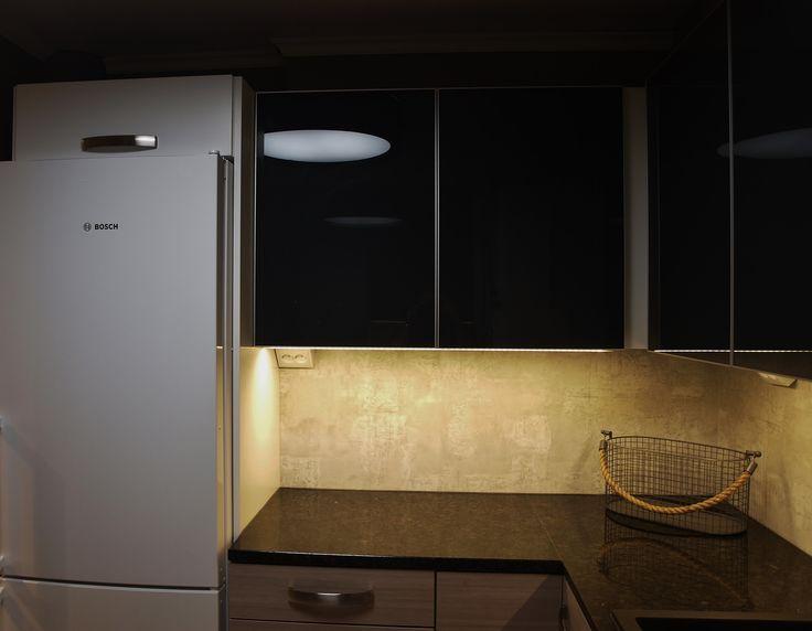 #kitchen #renovation #blackglass #concrete #stonecountertop #interiordesign  #interiorarchitect