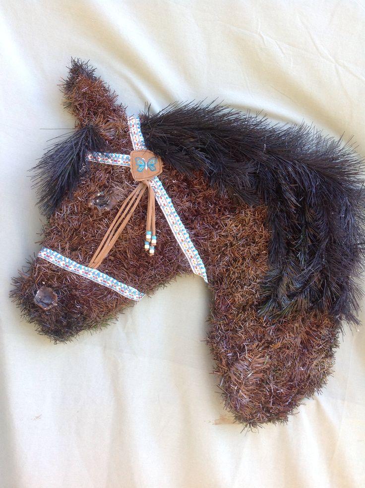 One of my horse head wreath designs.