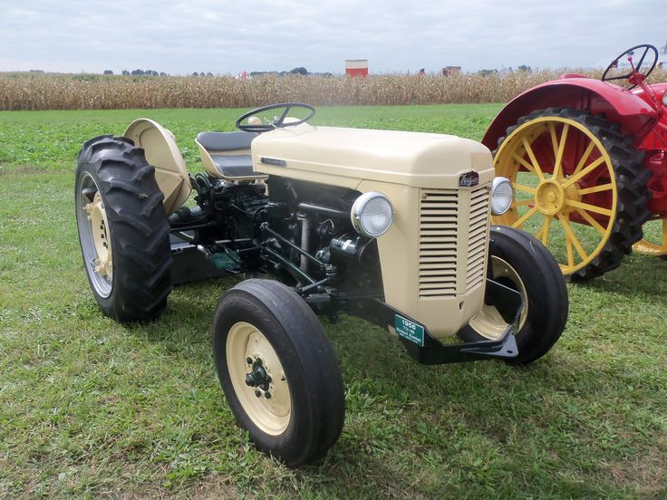 17 Best Images About Old Tractors On Pinterest Old