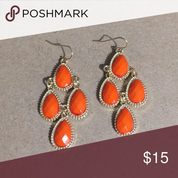 GYPSY STYLE ORANGE CHANDELIER EARRINGS-GOLD TONE So cute with any outfit🌺on Gold Tone French Wires Jewelry Earrings