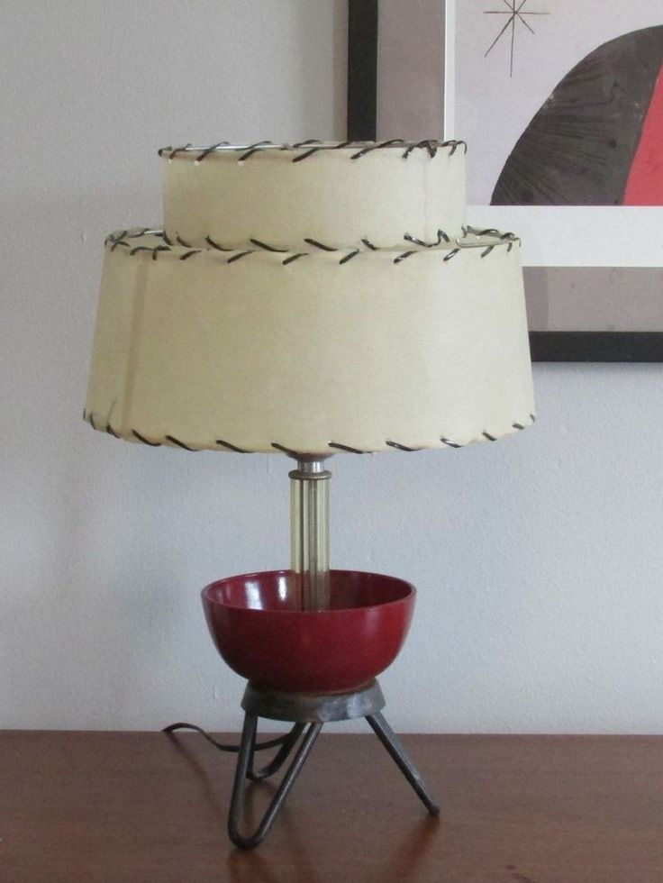 Vintage Mid Century Atomic Sputnik Style Hairpin Tripod Lamp With Shade