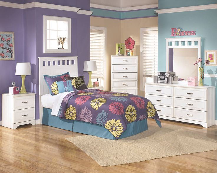 beautiful white twin bedroom set with cutouts on the headboard and dresser mirror