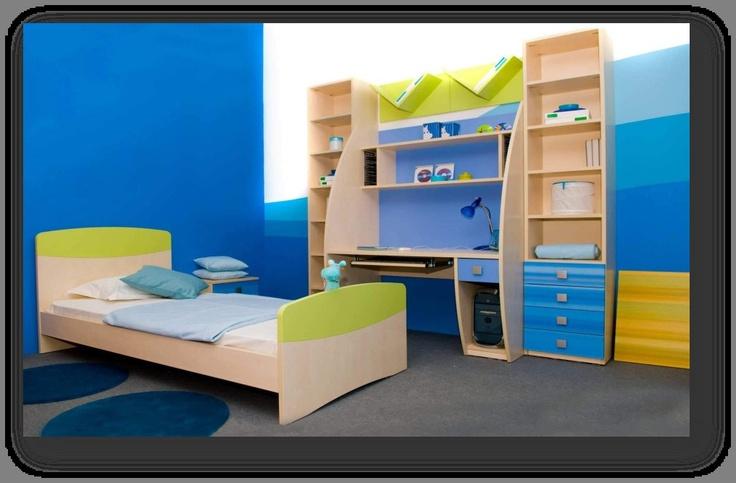 어린아이의 침실이다  한참 집중력과  창의력이 자라나는  어린아이에게 적합한  색채 조합이라고  할 수 있다.  파란색과 보색관계인  노란색계열의 색채를   사용함으로써  파랑의 진정효과를  잘 이용하게 한다