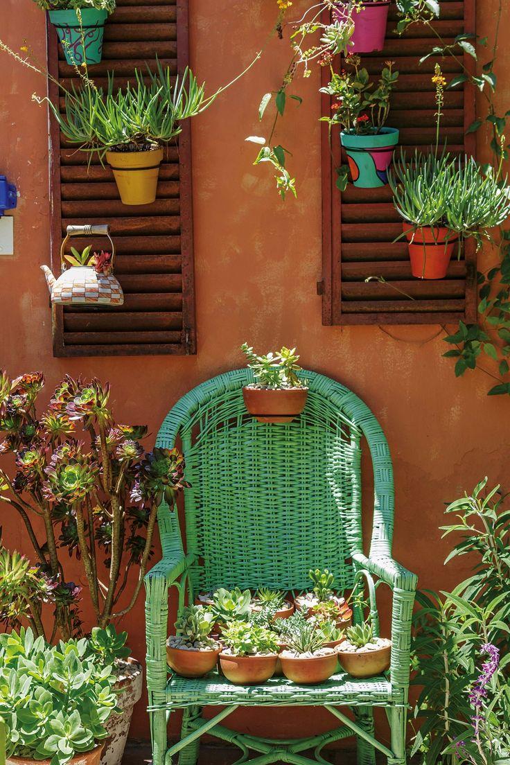 Las 25 mejores ideas sobre colores de pintura exterior en - Paredes de patios decoradas ...