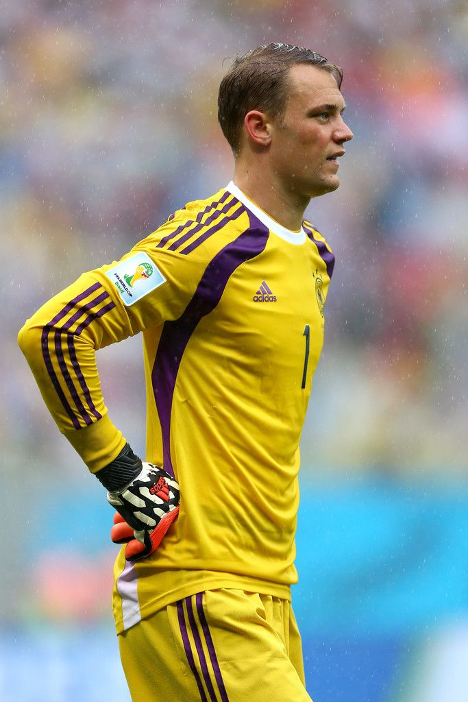 Manuel Neuer Photos: USA v Germany: Group G