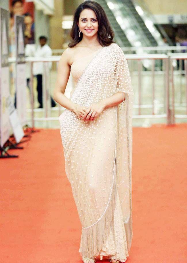 Rakul Preet Singh at CineMAA Awards 2016. #Tollywood #Fashion #Style #Hot #Sexy #Saree #Desi