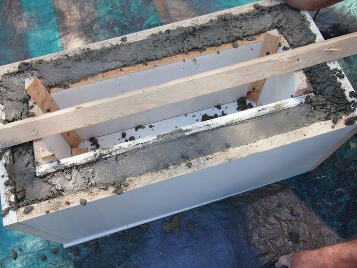 DIY Concrete Planter :: Hometalk