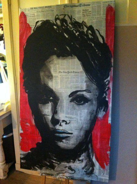 Lees de krant aan de muur en maak met je favoriete artikelen een uniek schilderij met een silhouet!