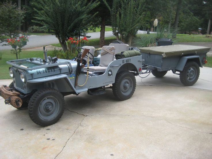 Perfect set- Navy Jeep with bantam trailer