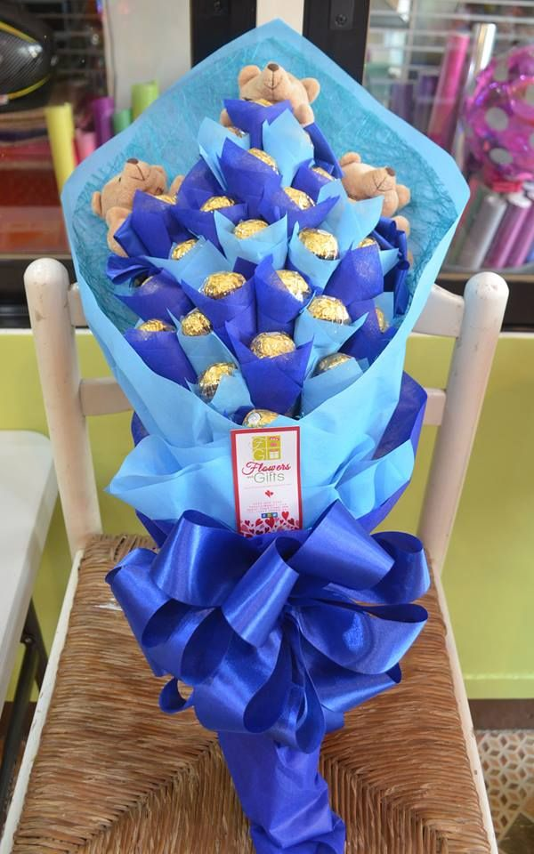 Blue Themed Chocolate Bouquet  #chocolates #chocolatebouquet #bouquetofchocolates #sweet #gift #giftideas #artsandcrafts #giftshop #online #fgdavao