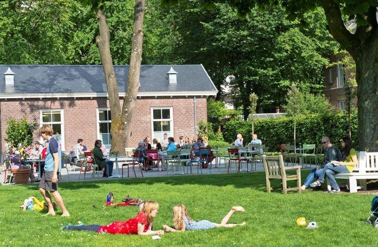 Hoftuin achter de Hermitage in Amsterdam