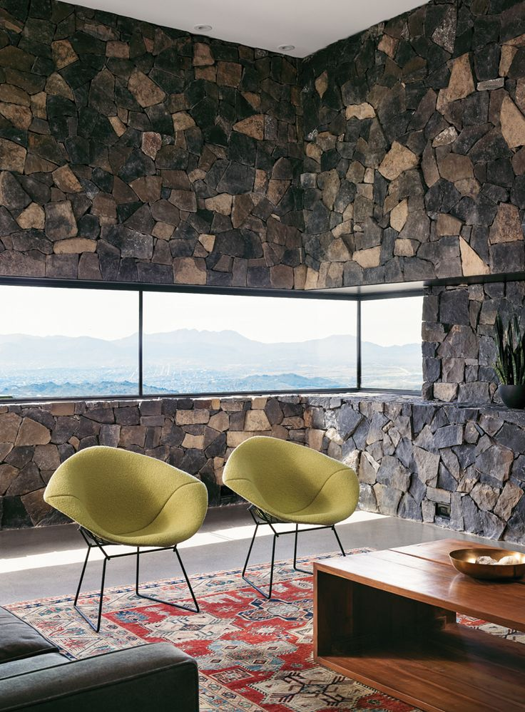 Ushering An Air Of Refinement To A Rugged Mountain Landscape That Overlooks The City El Paso In Texas Franklin House Stands Out Visually At Th