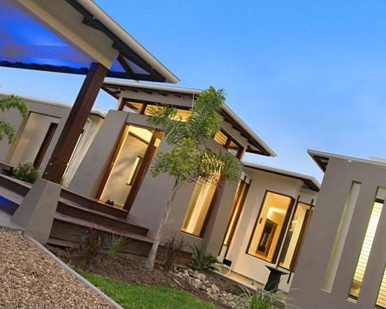 Charming Resort Design with Contemporary Look: Modern House Architcture Pavilion House Exterior Rustic Garden